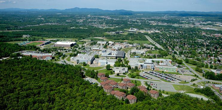 usherbrooke_campus_principal_vue_aerienne